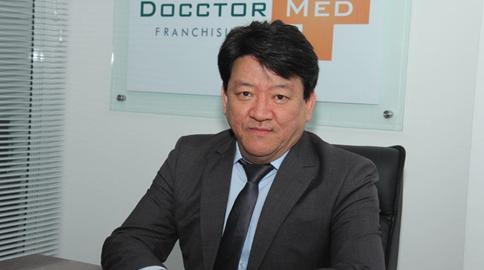 Docctor Med, a maior rede de clínicas médicas populares do Brasil, marca presença nas revistas Veja e Exame Nacional