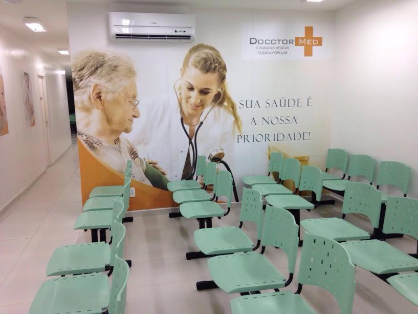 Como funciona uma franquia de clínica médica popular?