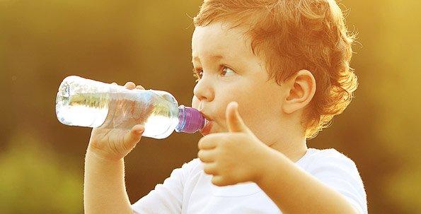 5 dicas para ajudar a hidratação das crianças