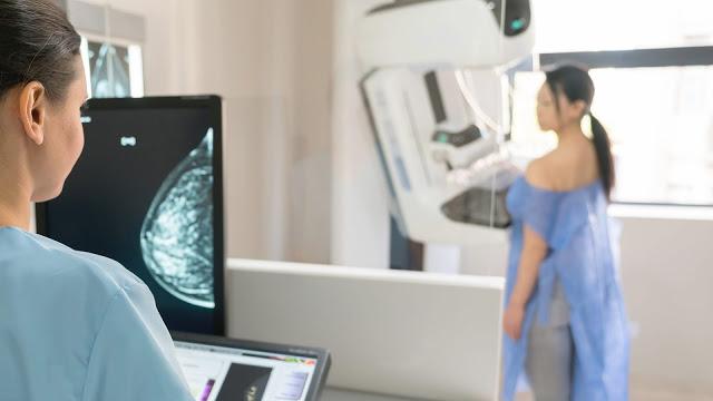 Outubro Rosa: Como prevenir o segundo câncer que mais mata mulheres no Brasil