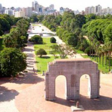 Grupo Docctor Med oferece aferição de pressão e testes rápidos gratuitos em Porto Alegre